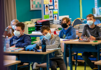 Cohérence aussi dans le port du masque à l'école