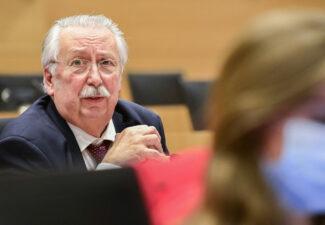 André Flahaut (PS) : « La ministre Dedonder ne doit pas démissionner »