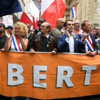 Covid-19 : les anti-vax ou le retour des Gilets Jaunes en France?