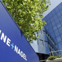 549 emplois menacés chez Logistics Nivelles, le PTB s'insurge, Willy Borsus réagit